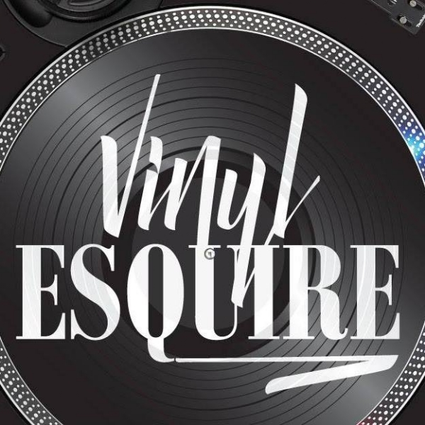 ALL NEW DJ MIXES ARE UP NOW ON THE APP...ENJOY! @VINYLESQUIRE