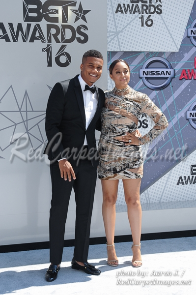Actors Cori Hardrict and Tia Mowry-Hardrict