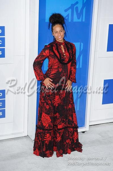 Singer Alicia Keys