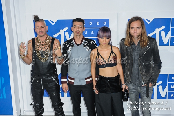 Singing Group DNCE