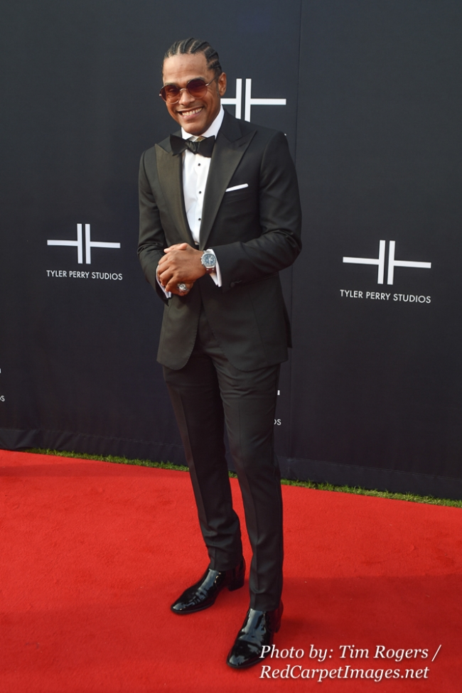 Singer Maxwell attends Tyler Perry s Atlanta Studio Grand Opening