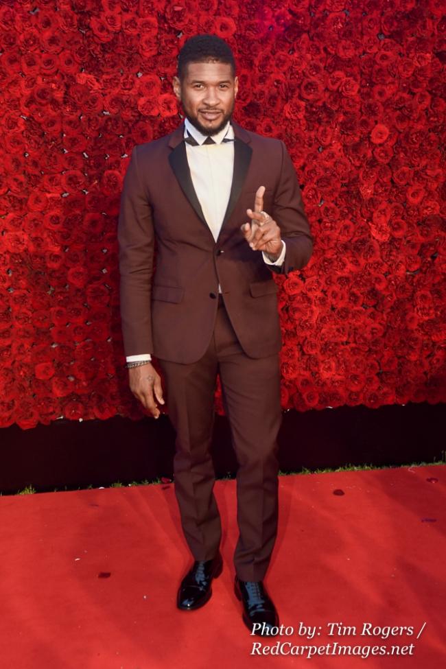 Singer Usher Raymond attends Tyler Perry s Atlanta Studio Grand Opening