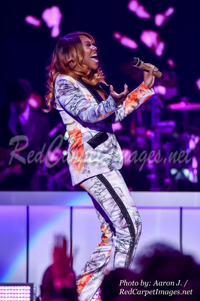 Singer Yolanda Adams
