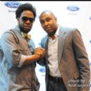 Singers Dwele and Noel Gourdin backstage at the Convention Center