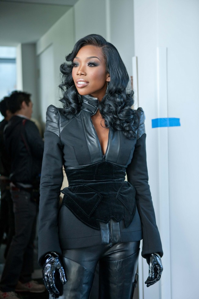 Brandy on set for her video with Monica