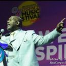 Pastor Marvin Winans performs the Sunday morning sermon