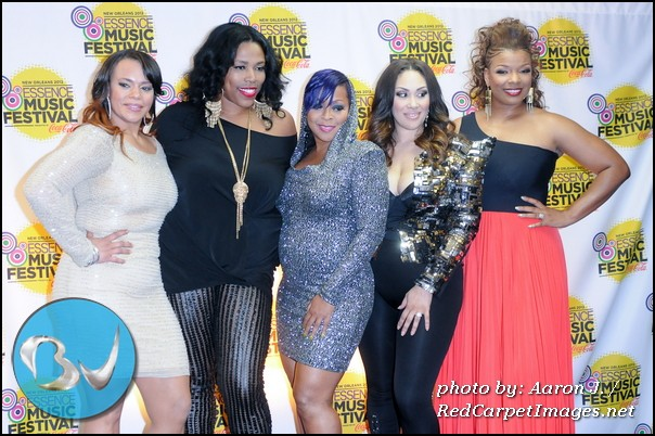 The R&B Divas (Faith Evans, Nicci Gilbert, Monifah, Keke Wyatt, and Syleena Johnson)