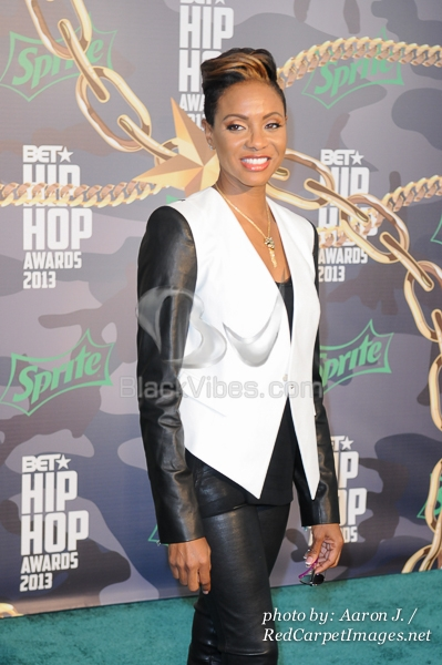 mc lyte paper thin Cold rock a party lyrics by mc lyte: to the l,  in the game too long since the days of paper thin way back when i've been putting it down.