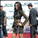 Ciara strikes a pose on the carpet at the 2010 BET Awards