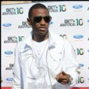Rapper Fabolous on the red carpet at the 2010 BET Awards