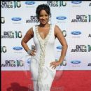 Actress Lisa Raye poses on the red carpet at the 2010 BET Awards